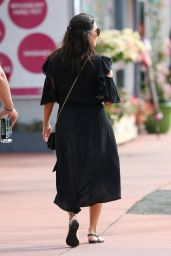 Eva Longoria Spotted running errands with some friends after a lunch in Miami Beach