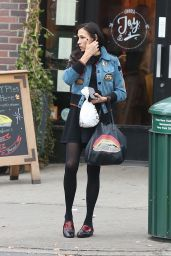 Famke Janssen Picking up lunch after leaving the gym in Soho - New York