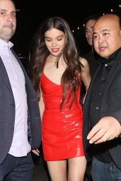 Hailee Steinfeld At The Nice Guy Club in West Hollywood