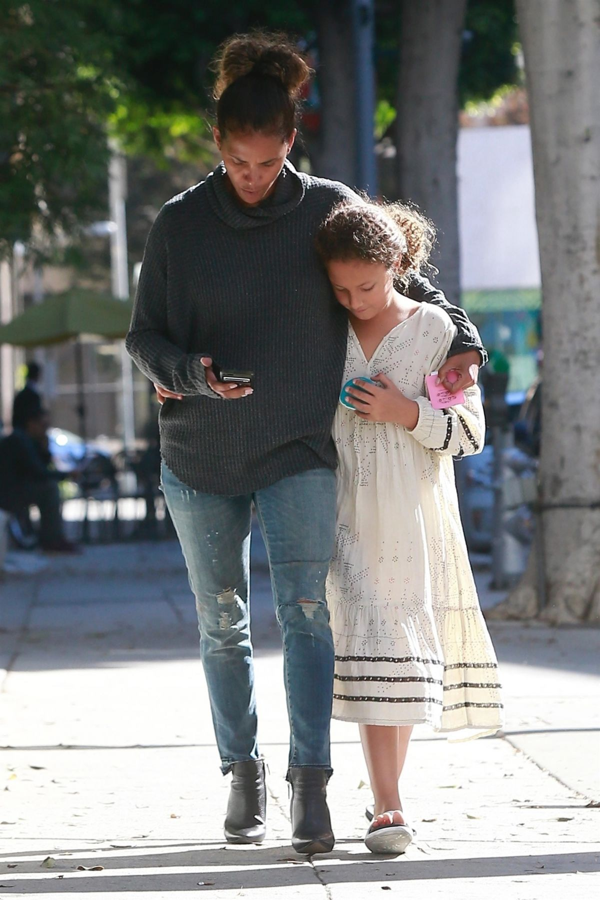 halle berry takes her growing daughter nahla aubry to see