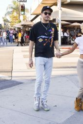 Halsey and G-Eazy Clutch hands after having a romantic lunch together at Il Pastaio in Beverly Hills