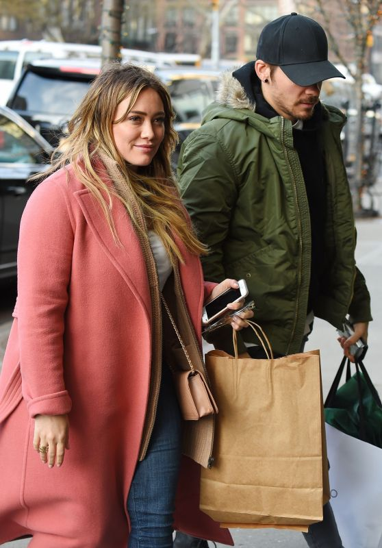Hilary Duff and boyfriend Matthew Koma arrive at The Bowery Hotel after shopping in Soho