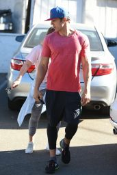Hilary Duff Goes to the gym in Los Angeles
