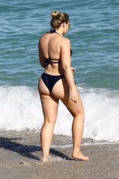 Iskra Lawrence Beach pics in Miami