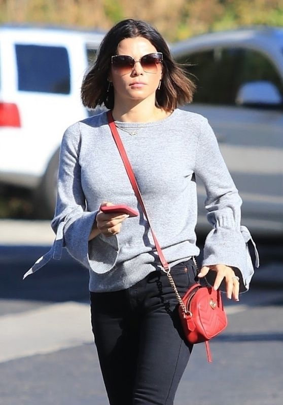 d0d73b0760 Jenna Dewan Keeps it relaxed while out in Studio City