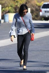 Jenna Dewan Steps out to run a quick errand in Studio City