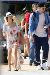 Jenna Dewan Tatum And Channing Tatum touch down at the airport in Cabo, Mexico