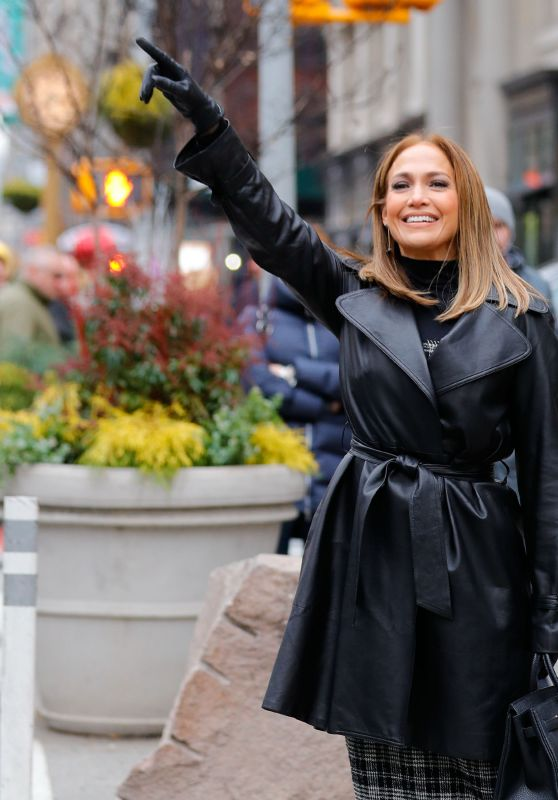 Jennifer Lopez Hails cab in midtown after filming with friend,NYC