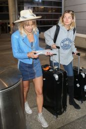 Jessica and Ashley Hart are seen in Los Angeles