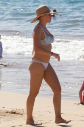 Jodie Sweetin In a bikini on the beach in Hawaii
