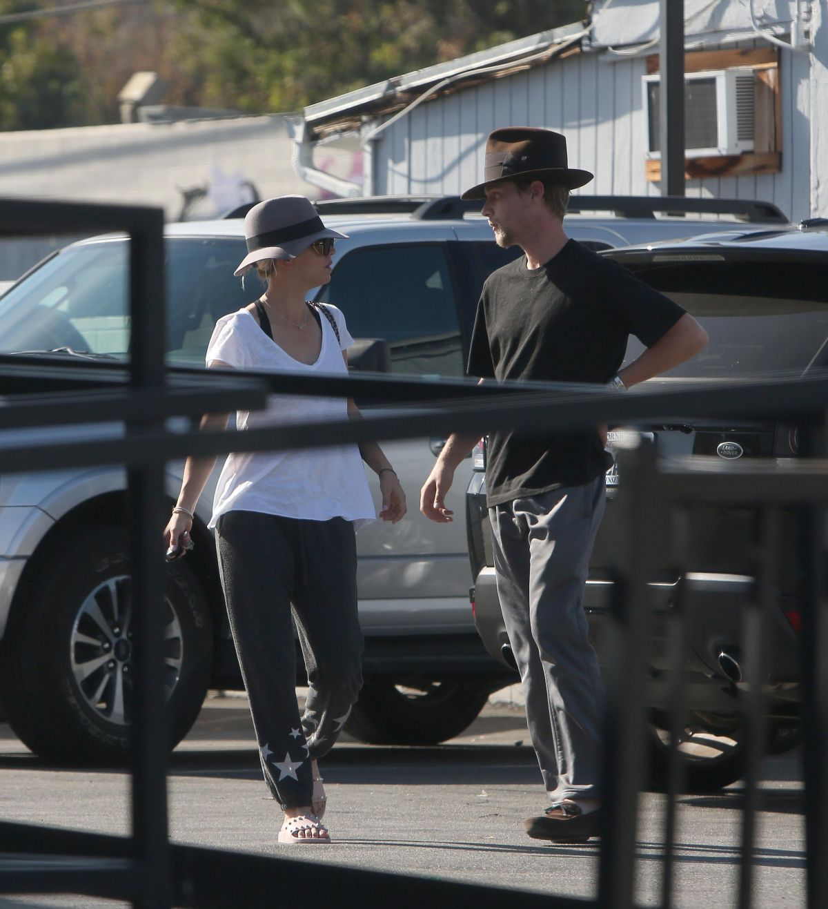Kaley Cuoco Spotted Going To Enterprise Car Rental And