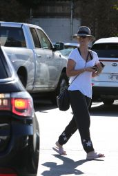 Kaley Cuoco Spotted going to Enterprise Car Rental and Calabasas Saddlery in Los Angeles