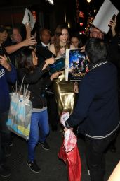 Karen Gillan Gets swarmed by fans while leaving the 'Jumanji Welcome To The Jungle' Premiere at TCL Chinese Theatre in Hollywood