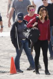 Katharine McPhee Transports her adorable pooches in a dog carrier on the set of