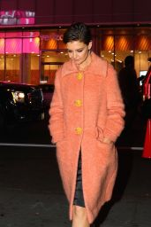 Katie Holmes Arrives at Jamie Foxx