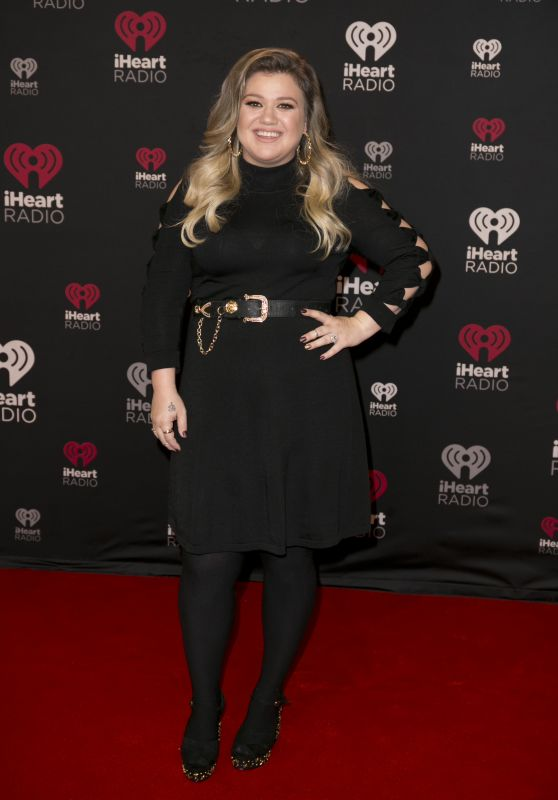 Kelly Clarkson At iHeart Jingle Ball North Red Carpet held in Toronto, Canada
