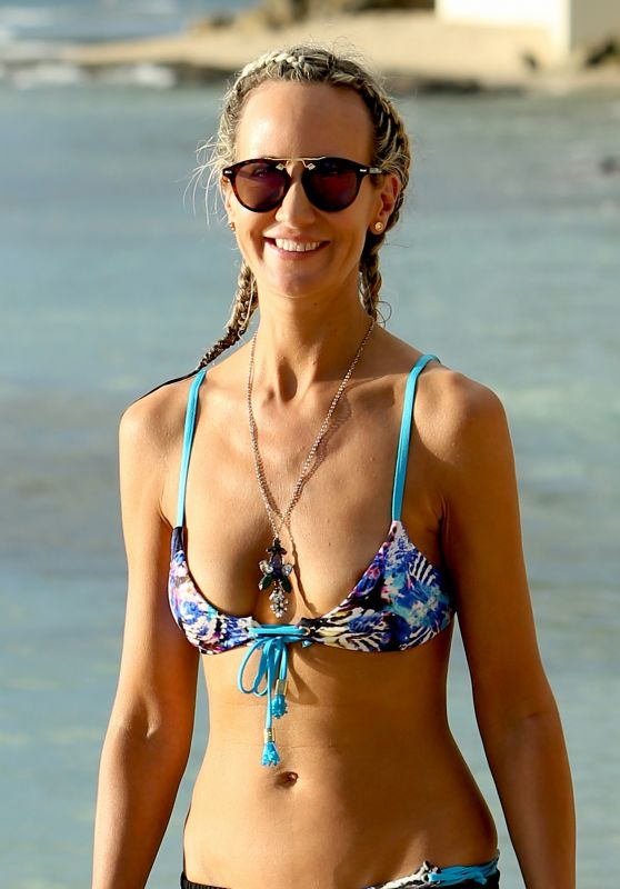 Lady Victoria Hervey Is seen having fun in the sun while on holiday in Barbados