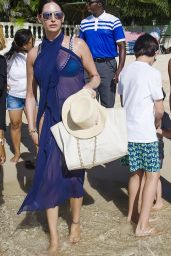 Lauren Silverman and family are spotted on the beach in Barbados