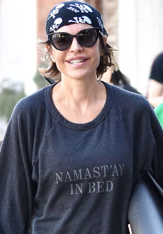 Lisa Rinna Seen heading to yoga class in Beverly Hills