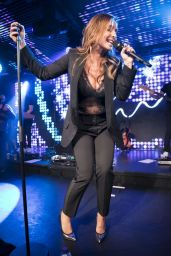 Louise Redknapp Performs Her First Live Show at Chelsea Football Club