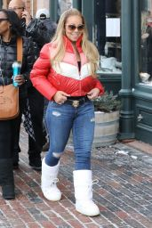 Mariah Carey At Christmas Eve shopping at Ralph Lauren while on holiday in Aspen