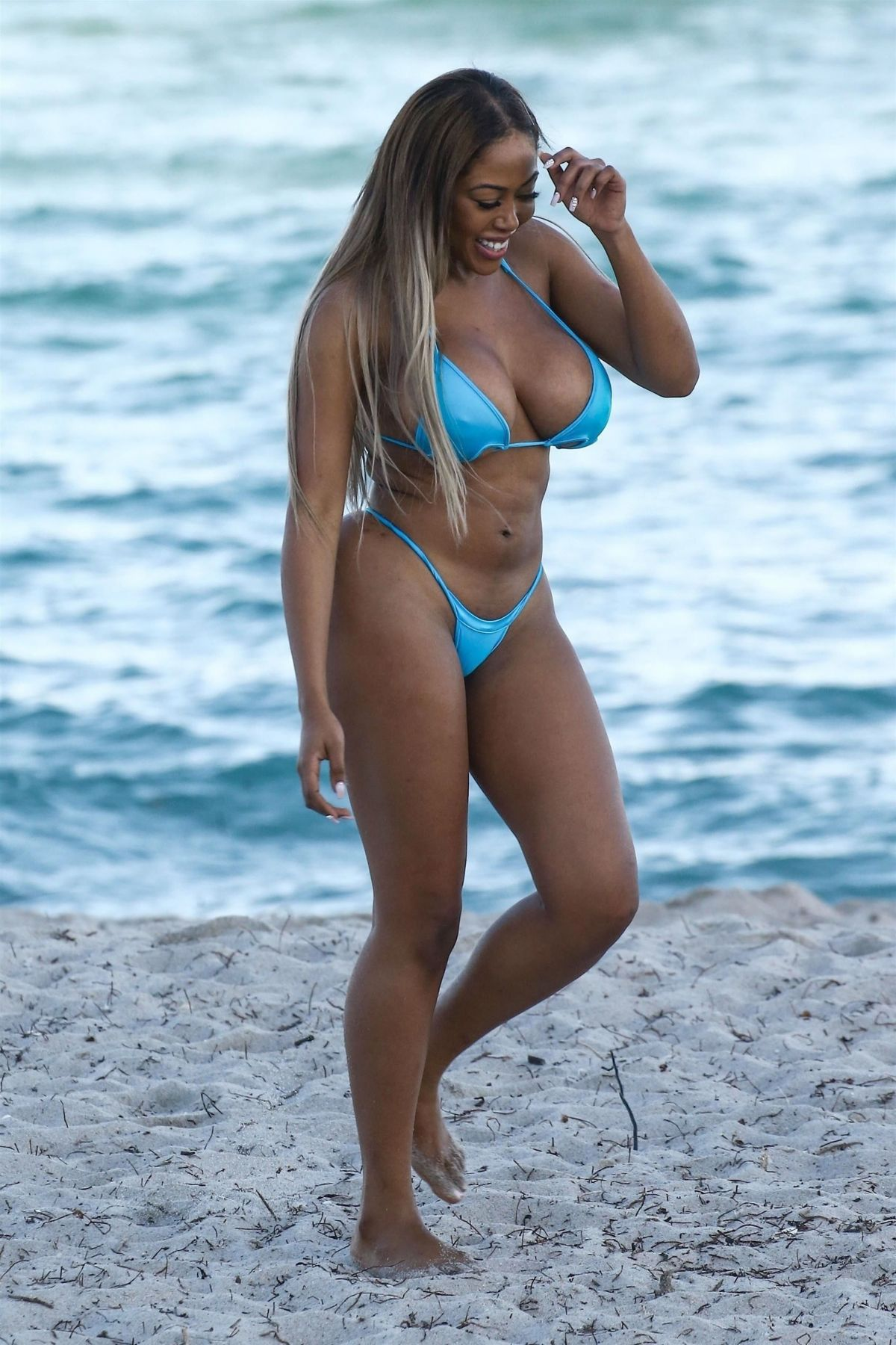 Moriah Mills in Bikini Photoshoot on the beach in Miami Pic 3 of 35