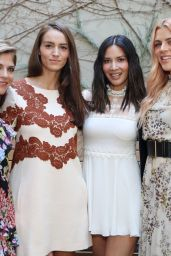 Olivia Munn, Selma Blair & Busy Philipps At