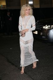 Pixie Lott Arrives at The Fashion Awards 2017 in partnership with Swarovski held at the Royal Albert Hall in London