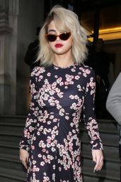 Selena Gomez Leaving her hotel and arriving at Kiss radio in London, UK