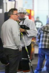 Selena Gomez Supports Justin Bieber at his hockey game in Van Nuys