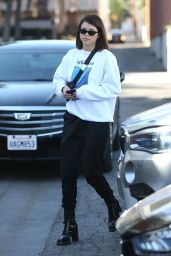 Sofia Richie Spends another day at Meche Salon ahead of the Holidays