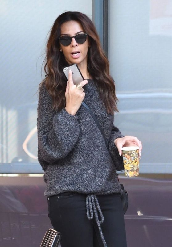 Terri Seymour Calls Uber for a lift in Beverly Hills