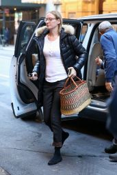Uma Thurman Arrives at the Hudson Theatre in New York City