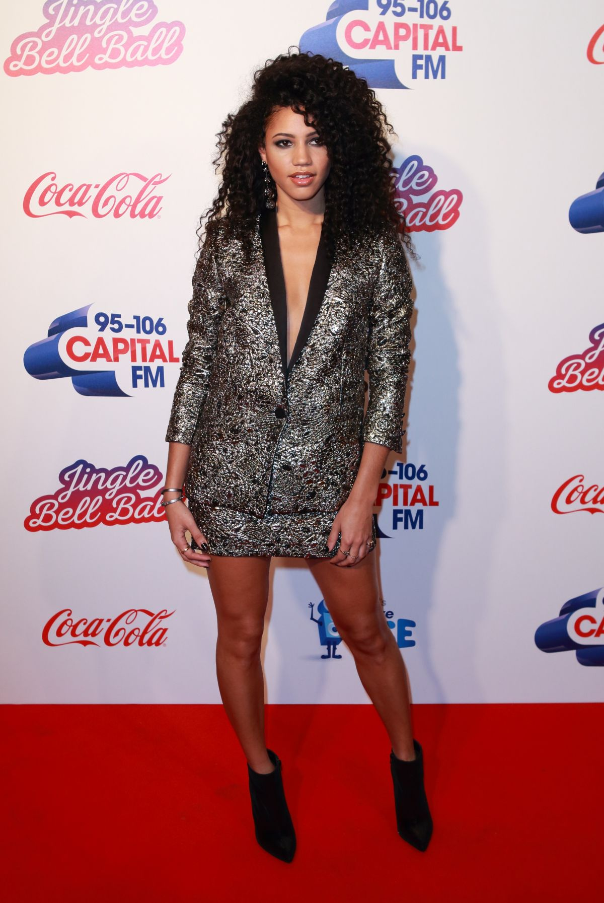 Vick Hope photos