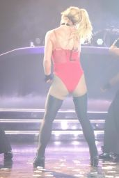 Britney Spears Performs at Planet Hollywood in Las Vegas