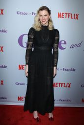 Brooklyn Decker At Grace & Frankie season 4 premiere, Los Angeles