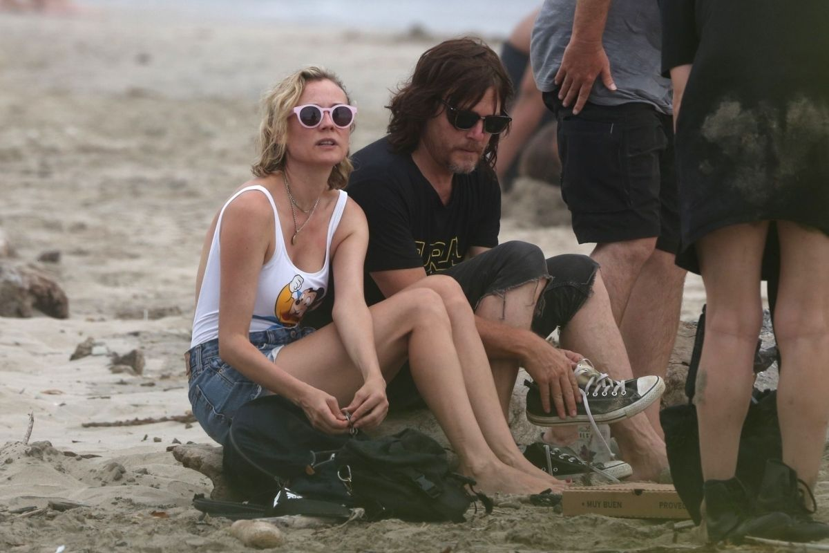 bccd8fd0d0 Diane Kruger and Norman Reedus enjoy the beach in Costa Rica