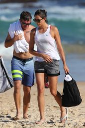 Garbine Muguruza Visits Bondi Beach with her coach Sam Sumyk