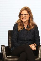 Jenna Fischer At 2018 Winter TCA Tour - Day 5 in Pasadena