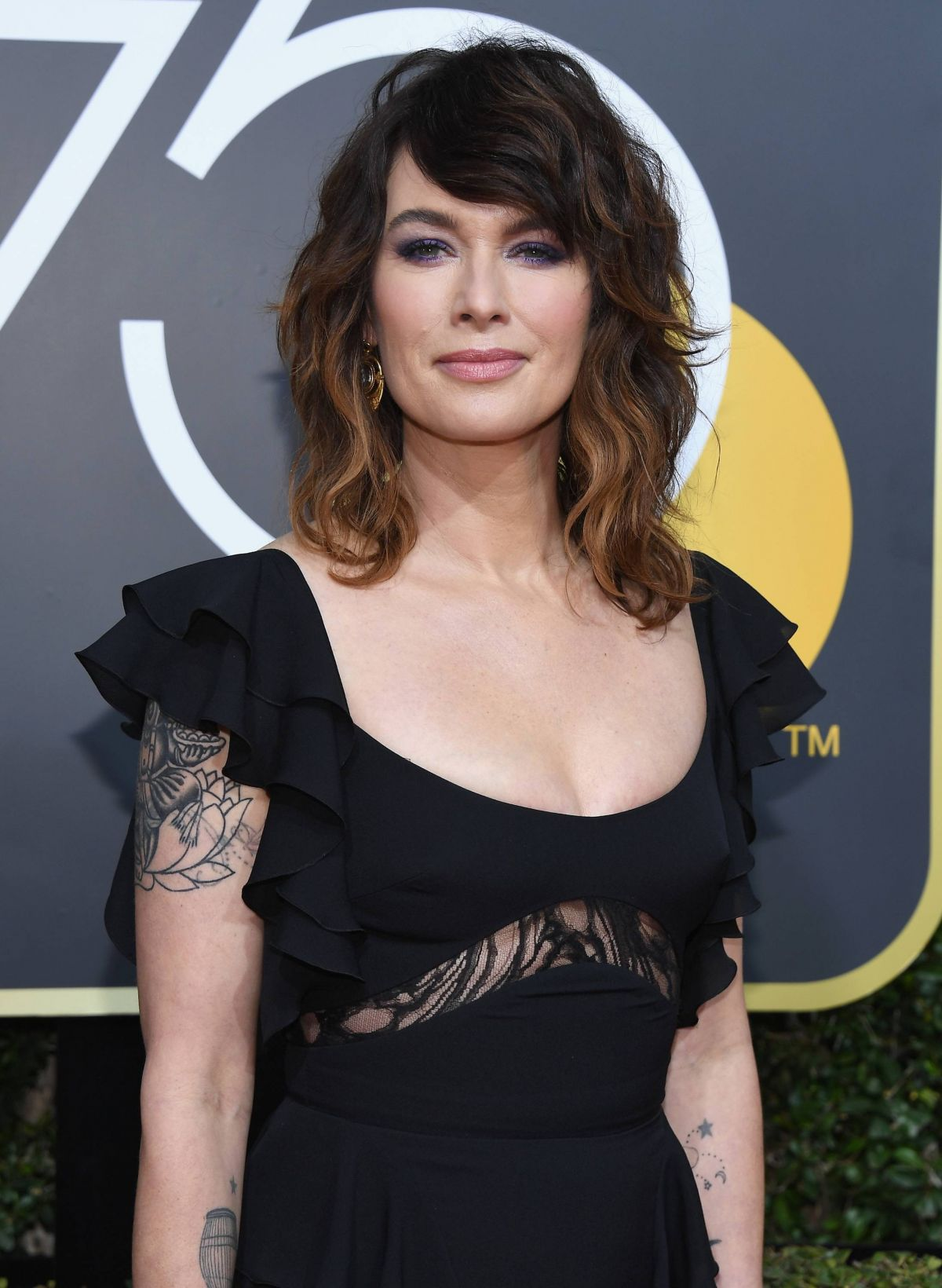 lena headey at the 75th annual golden globe awards in