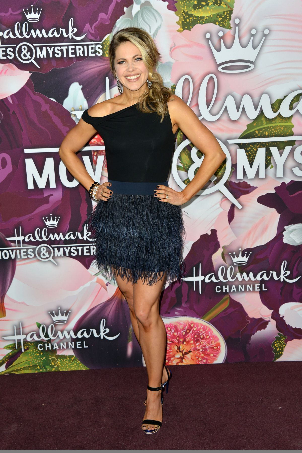 Pascale hutton at hallmark channel and hallmark movies and for Hallmark movies and mysteries channel