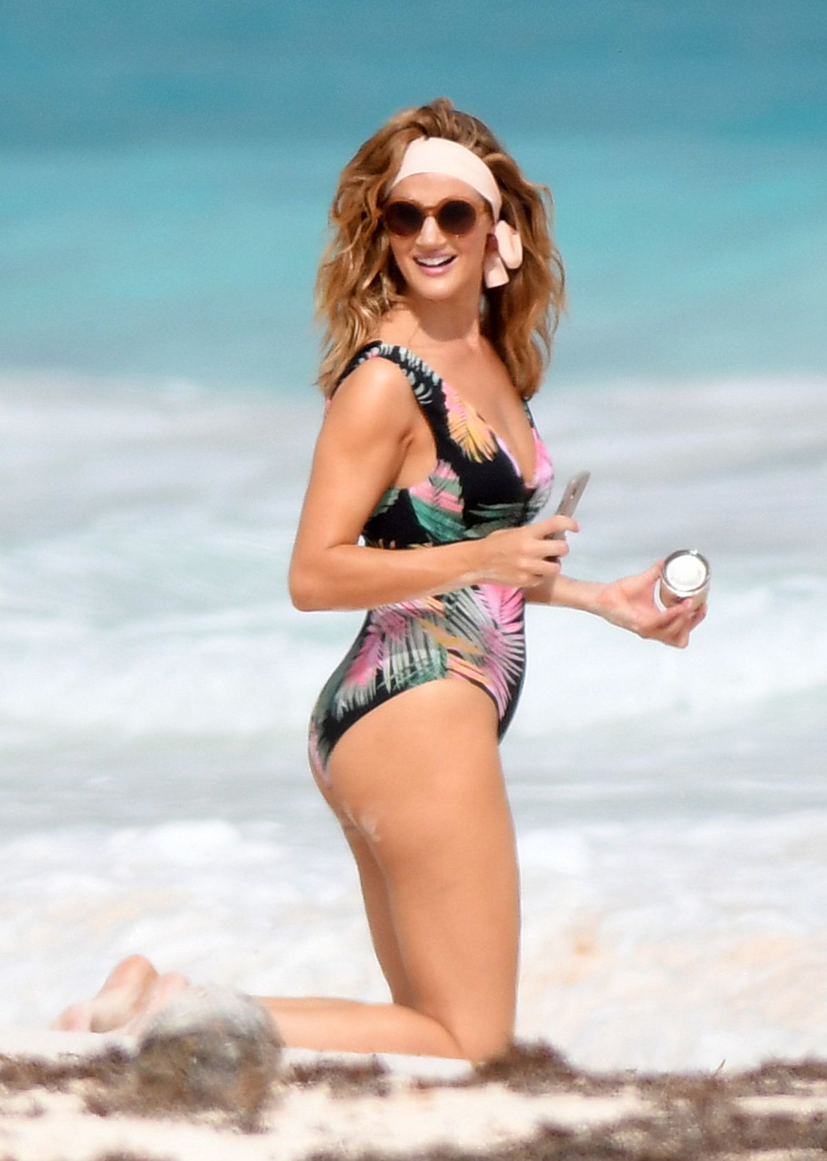 Rosie Huntington Whiteley Bikini Photoshoot at a Beach in the Bahamas Pic 6 of 35