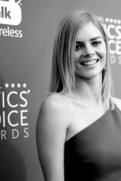 Samara Weaving At The critics choice awards