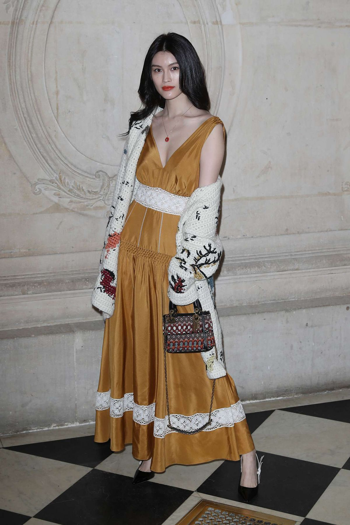 Sui he at cristian dior show at spring summer 2018 haute for Haute couture week