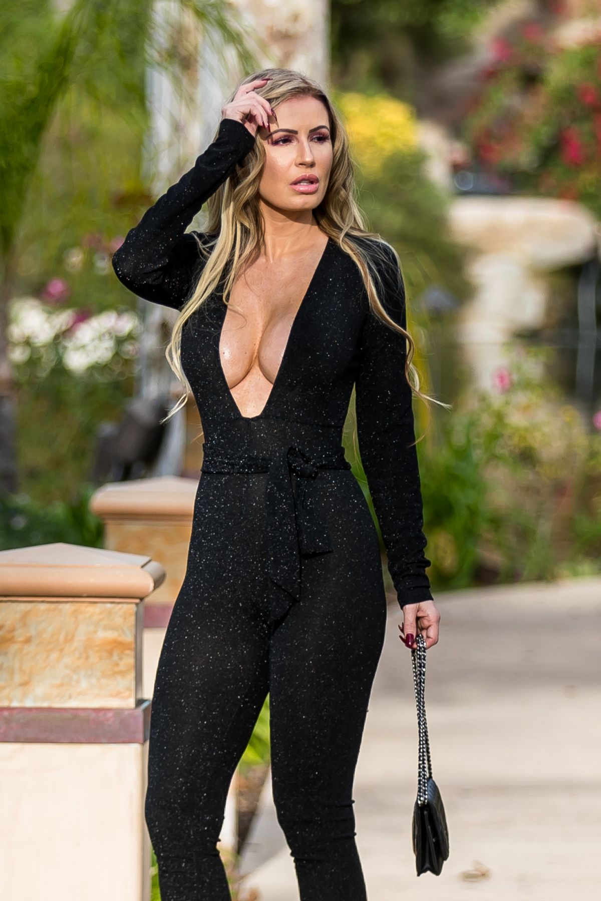 Ana Braga Seen in revealing dress in Los Angeles - Celebzz - Celebzz