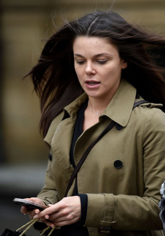 Faye Brookes Treats her mum to a day of pampering at the