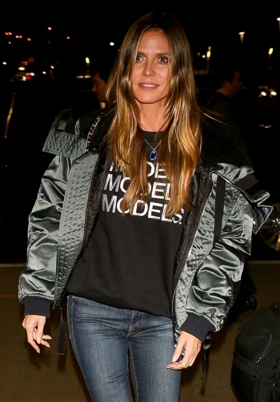 aac83d6ca69cb Heidi Klum Heads out of Los Angeles with a flight at LAX