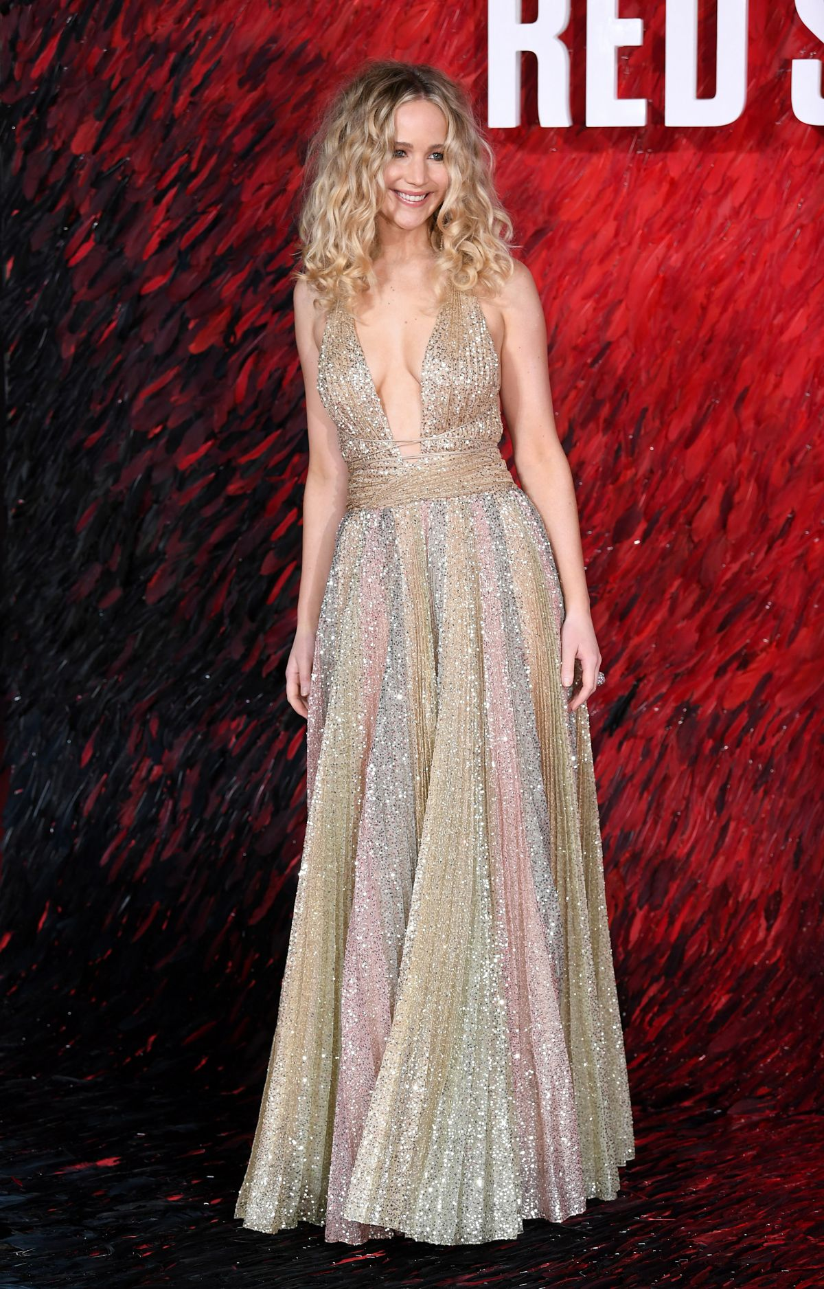 Jennifer Lawrence At Red Sparrow Premiere in London ...
