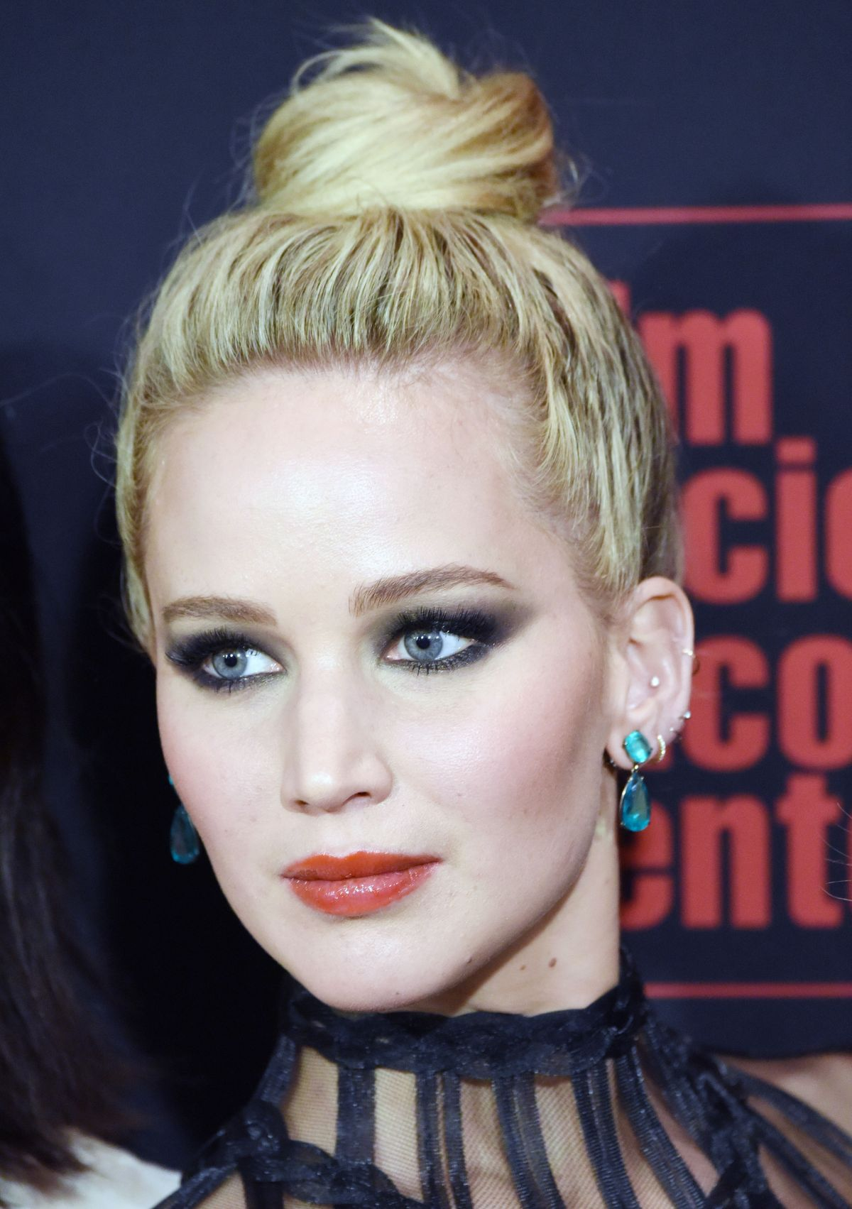 Jennifer Lawrence At the Red Sparrow Premiere in New York ...