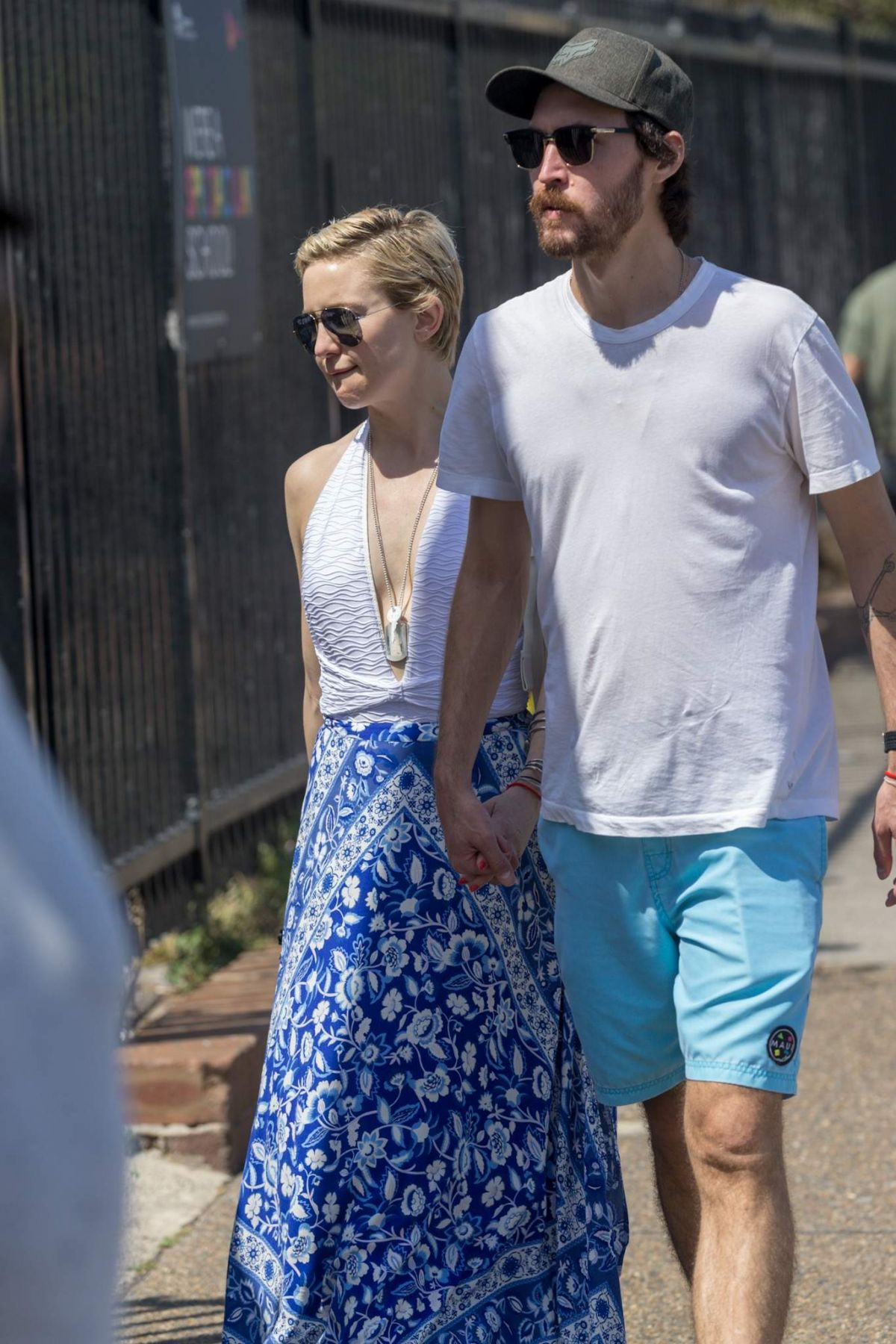 Kate Hudson And Boyfriend Enjoy An Afternoon Stroll